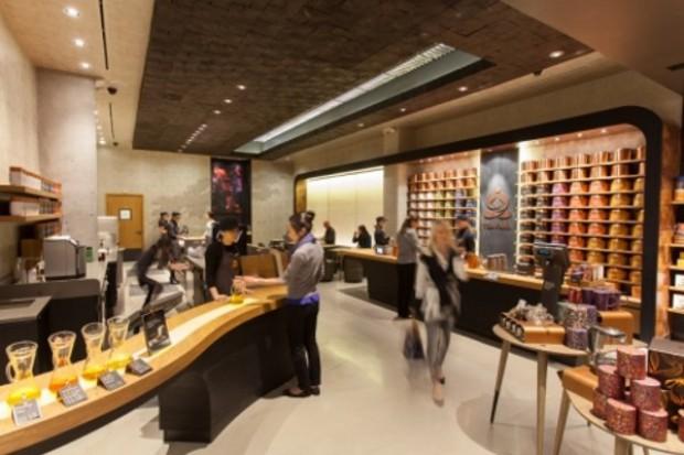 Trwa ekspansja Starbucksa w herbatÄ™. Otwarto pierwszy bar herbaciany Teavana