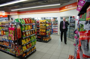 Zdjęcie numer 5 - galeria: Sklepy Carrefour na stacjach paliw Lukoil - zobacz galerię zdjęć!