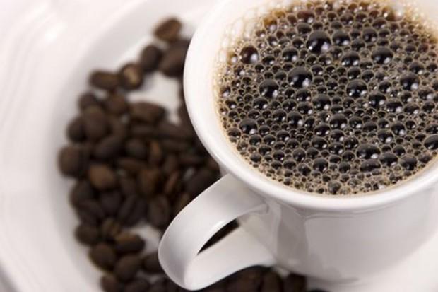 Na giełdach kawa tanieje. W sklepach bez zmian