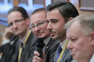 Paneliści na VI FRSiH: Sukcesor musi znać firmę od podszewki