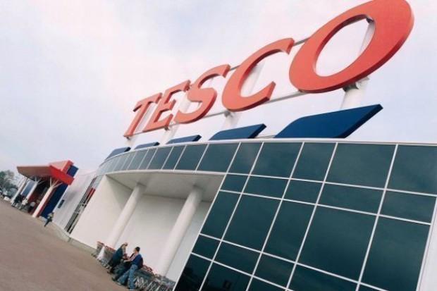 Tesco sprzedaje 35 nieruchomości przy sklepach