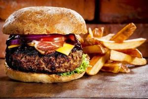 Slow fast food i burgery opanowują Polskę