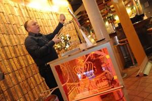 Kompania Piwowarska udowodni, że nie można dolać wody do piwa z KEG-u