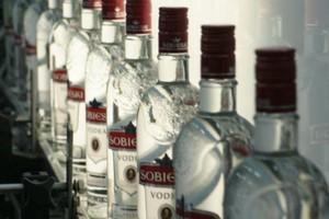 Produkcja wódki w Polsce w 2013 r. wzrosła o 12 proc.