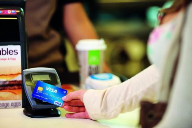 Ponad 11 proc. wzrost liczby płatności kartami Visa w Polsce