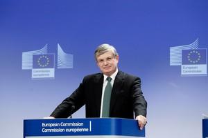 Rozmowy z Rosją nt. zakazu importu wieprzowiny trwają - komisarz ds. zdrowia UE