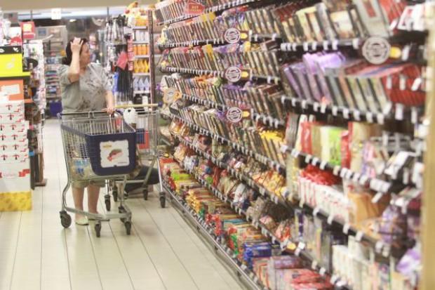 Koszyk cen: Supermarkety rezygnują z wielkich inwestycji w ceny