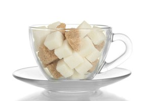 Polacy kupują coraz mniej cukru