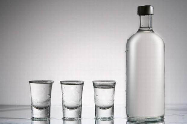 Produkcja wódki spadła o niemal 50 proc.
