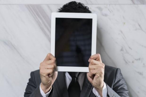 Sakana wdraża interaktywne menu i wprowadza do lokali tablety