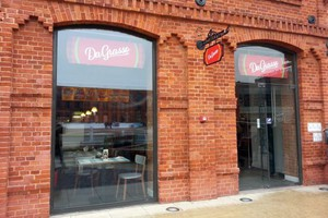 Da Grasso chce otwierać pizzerie w galeriach handlowych oraz w dużych miastach