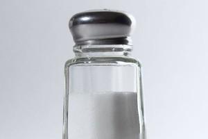 Polacy nadużywają soli
