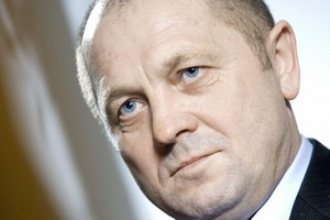 Marek Sawicki: Warto zastanowić się nad uregulowaniem ekspansji dyskontów
