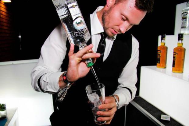 CEDC: Kanał HoReCa stanowi 5 proc. sprzedaży alkoholu w Polsce