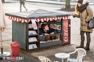 Coca-Cola skonstruowała mini-kioski dla swoich produktów