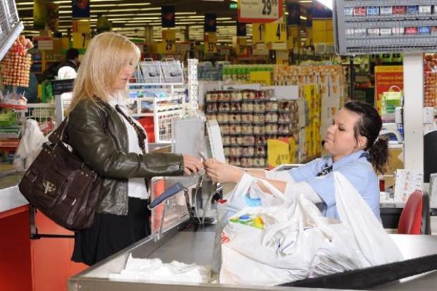Polacy ruszyli do sklepów na zakupy. Sprzedaż detaliczna wzrosła o ponad 8 proc.