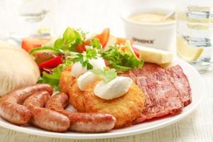 1/3 Polaków co najmniej raz w miesiącu jada śniadania w lokalach gastronomicznych