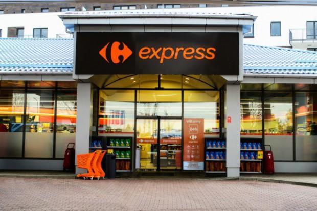 Carrefour otwiera kolejne sklepy na stacjach Lukoil