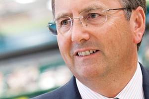Philip Clarke nie dokończy odbudowy Tesco! Dave Lewis nowym prezesem sieci