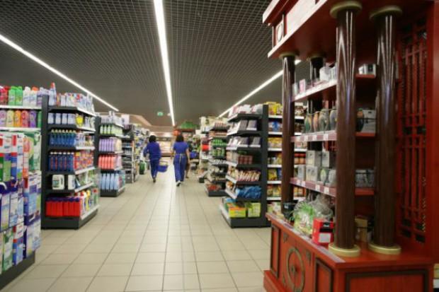 Sklepy wielkopowierzchniowe w 2014 r. wygenerują połowę sprzedaży artykułów spożywczych