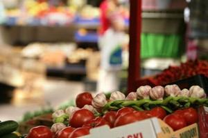 Niskie ceny na rynku hurtowym w Broniszach