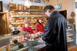 Rośnie liczba firmowych sklepów piekarniczych