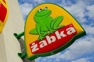 Żabka Polska łączy się ze spółką, która przejęła lokalizacje po sieci Jedynka