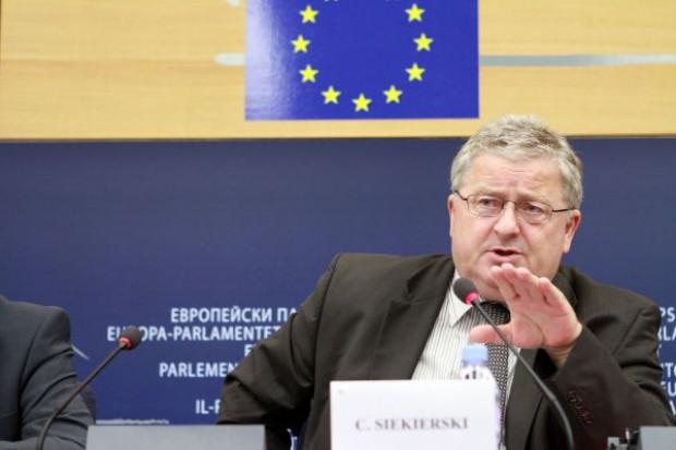 Czesław Siekierski: Rosja może dowolnie zmieniać wprowadzone embargo