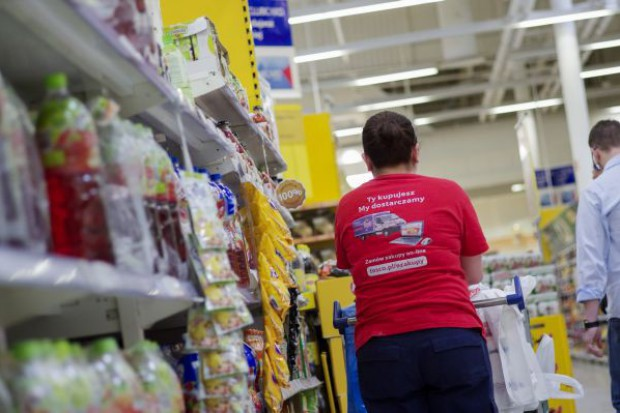 Pracownicy sieci handlowych nie walczą już o podwyżki, ale o wzrost zatrudnienia