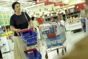 Część sklepów narusza zakaz handlu w święta