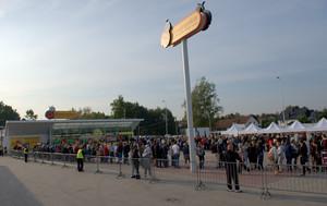 Zdjęcie numer 1 - galeria: Biedronka ma już 2500 sklepów w Polsce. Sieć otwiera sklepy według nowego projektu