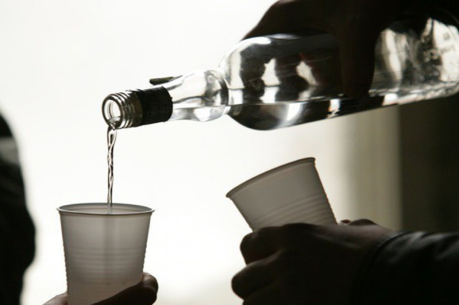 Wysoka akcyza na alkohol napędza szarą strefę