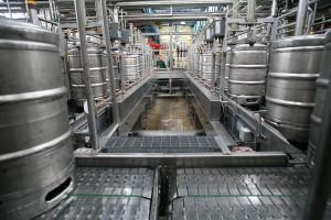 Zakłady nie oszczędzają na maszynach