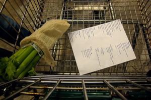 Większość Polaków decyzję o zakupie konkretnego produktu podejmuje w domu