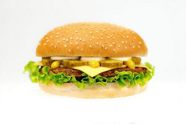 Wszystkie kluby poselskie za zakazem śmieciowego jedzenia w szkołach