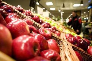 Bronisze: Duże dostawy jabłek i warzyw