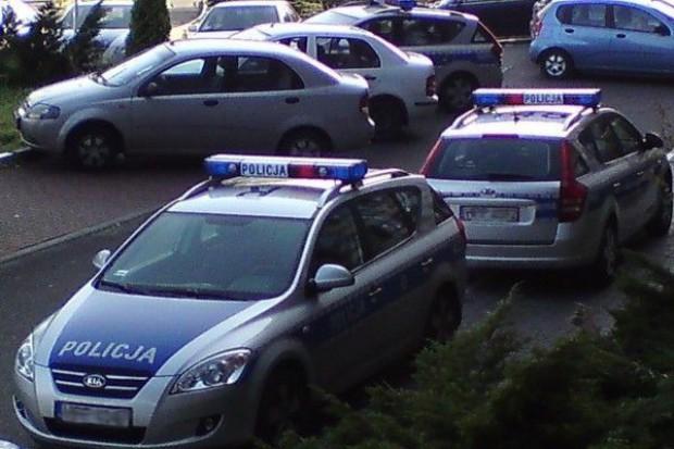 Łapówki dla policjantów z Krasnegostawu - piwo, owoce i... masa budyniowa