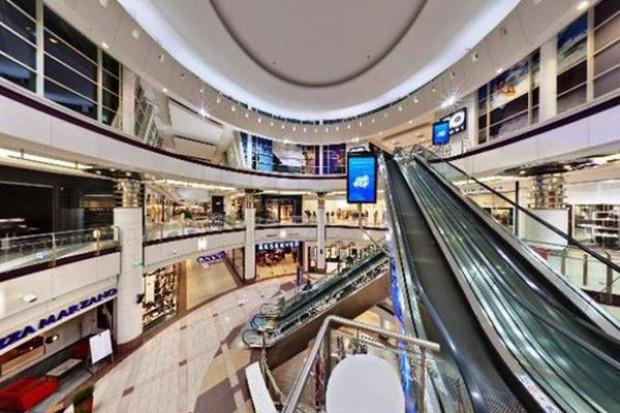 Ulice handlowe są coraz droższe