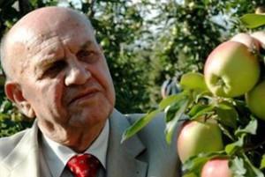Prof. Makosz: Skończyły się dobre czasy w dochodach z produkcji jabłek