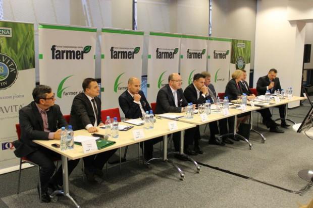 Dyrektor Banku Pekao: Polski rolnik musi się przekonać do kredytów