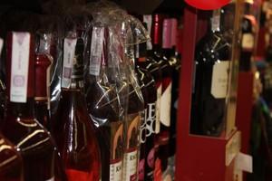 Co dziesiąta złotówka z wydatków na napoje alkoholowe przypada na wina