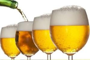 Początek roku przyniesie spadki cen piwa