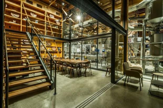 Starbucks otworzył innowacyjną kawiarnię. To zalążek nowej sieci (video)