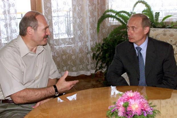 Prezydent Białorusi zarzuca Rosji