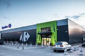 Carrefour inwestuje w Tomaszowie Maz. Sieć ma nowy hipermatket