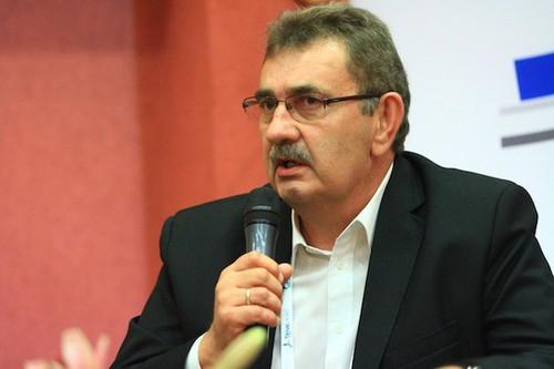 Prezes Spomleku: Rok 2015 powinien przynieść mleczarstwu stabilizację
