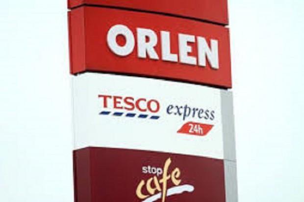 Tesco Express i Delikatesy Centrum mają po 10 sklepów na stacjach PKN Orlen