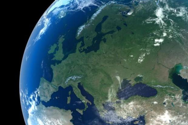 Putin: Rosja utrzyma niezależną politykę zagraniczną pomimo nacisków