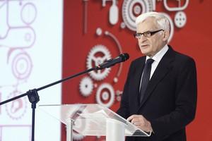 Jerzy Buzek: To naturalne, że państwa próbują się wyłamać w sprawie Rosji