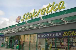 Stokrotka otwiera 255. supermarket